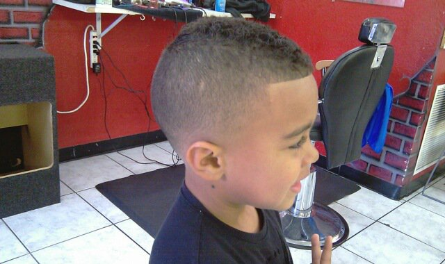 Barber Shop Haircuts Pictures 57
